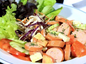 08-servela-salad-by-swiss--thai-restaurant-in-gol_lbb